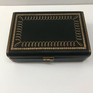 Vintage Farrington 1950s jewelry box
